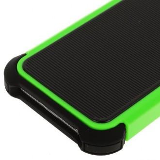 Coque plastique noire et verte ultra résistante pour iPhone 5